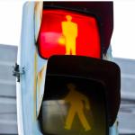 【中古車販売集客法】誰もこない赤信号わたりますか?